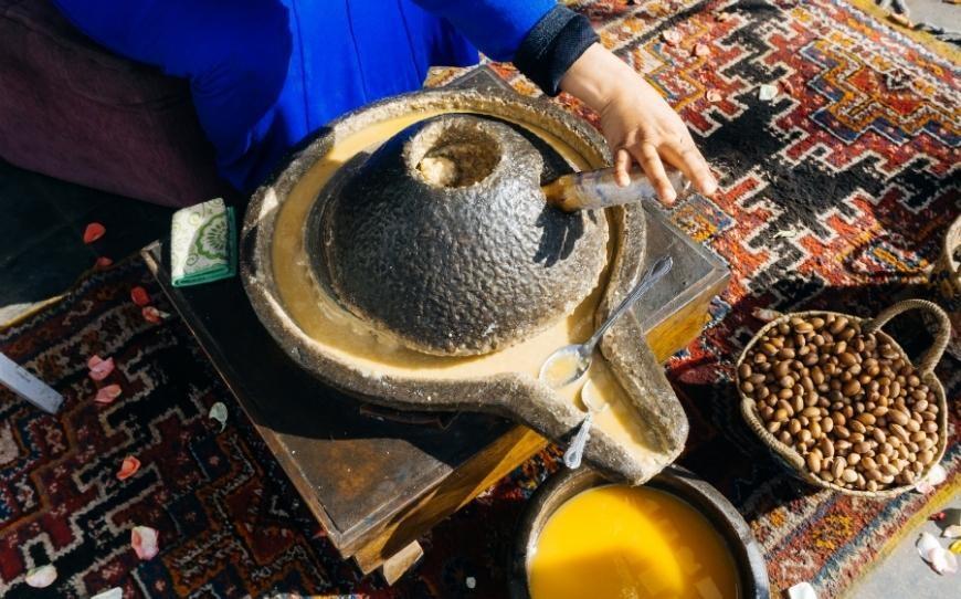 Olio di Argan macina di pietra